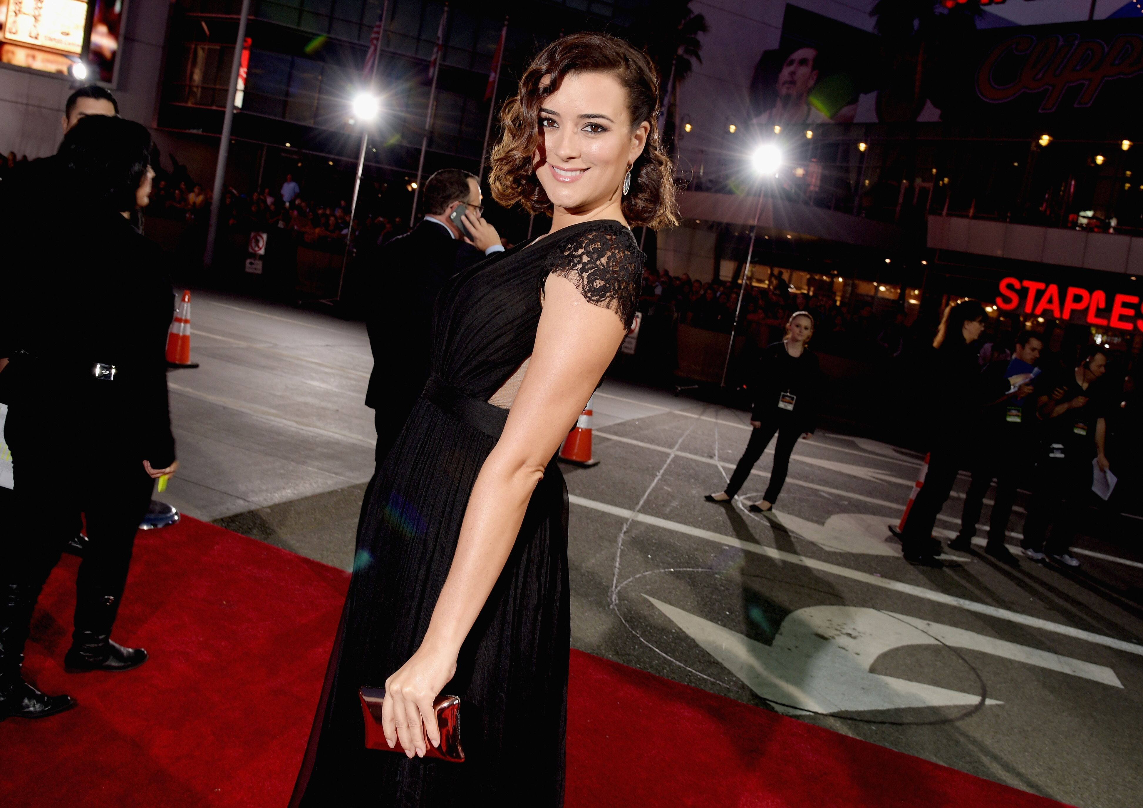 Actress Cote de Pablo attends The 41st Annual People's Choice Awards at Nokia Theatre LA Live  | Getty Images / Global Images Ukraine