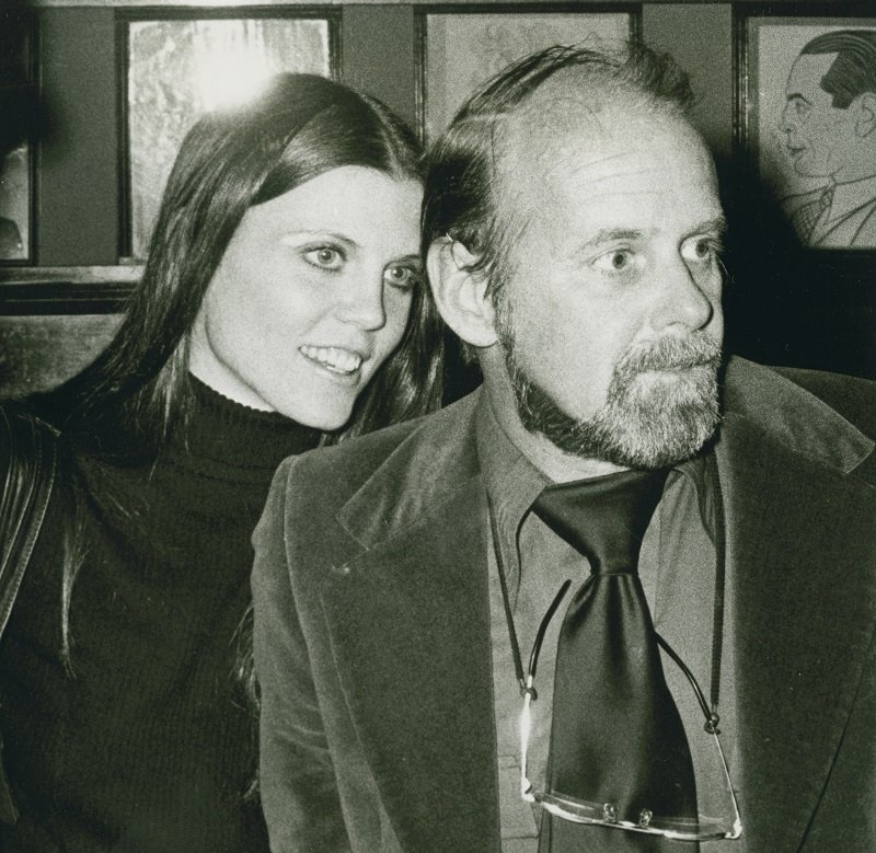 Ann Reinking and director Bob Fosse on January 26, 1975 at Sardi's Resaurant in New York City | Photo: Getty Images