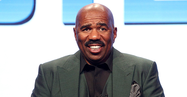 Steve Harvey's Dream 'Celebrity Family Feud' Matchup Would Be Trumps vs Obamas