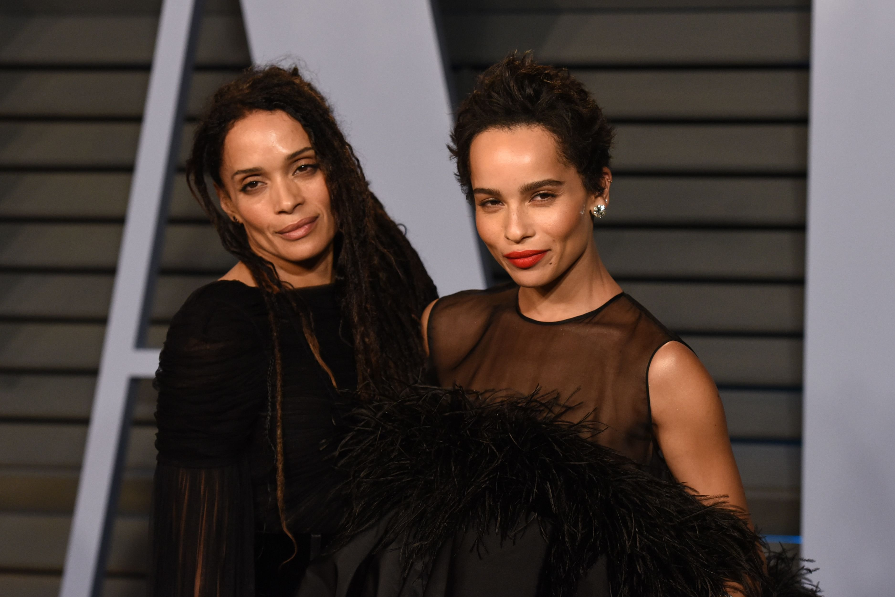 Lisa Bonet and Zoe Kravitz at the 2018 Vanity Fair Oscar Party Hosted By Radhika Jones - Arrivals at Wallis Annenberg Center for the Performing Arts on March 4, 2018 | Photo: Getty Images
