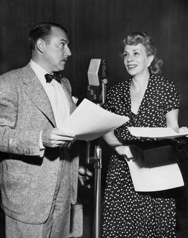 Gale Gordon and Bea Benaderet performing in Granby's Green Acres in 1950. | Photo: Wikimedia Commons