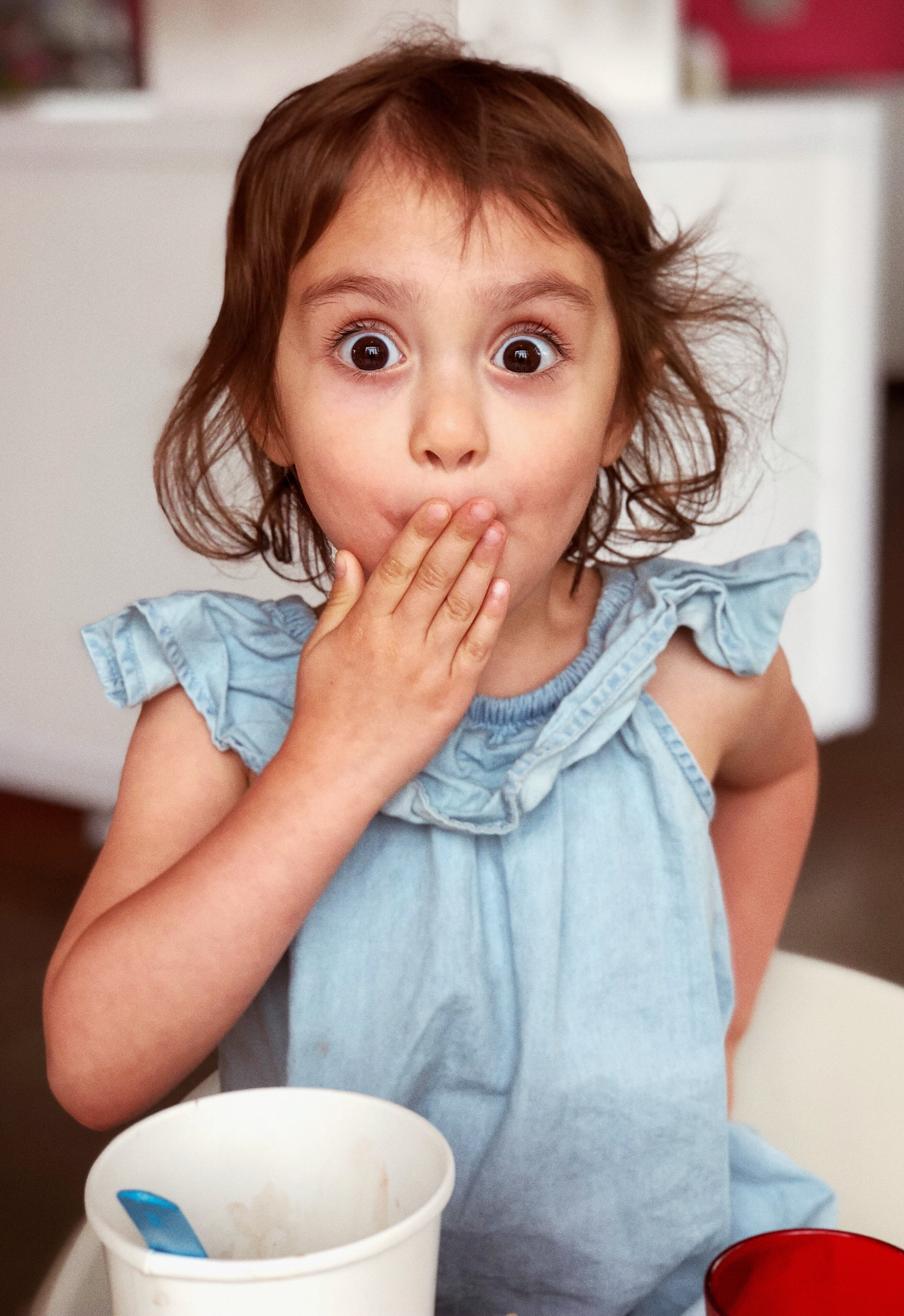 Photo of a surprised little girl | Photo: Unsplash