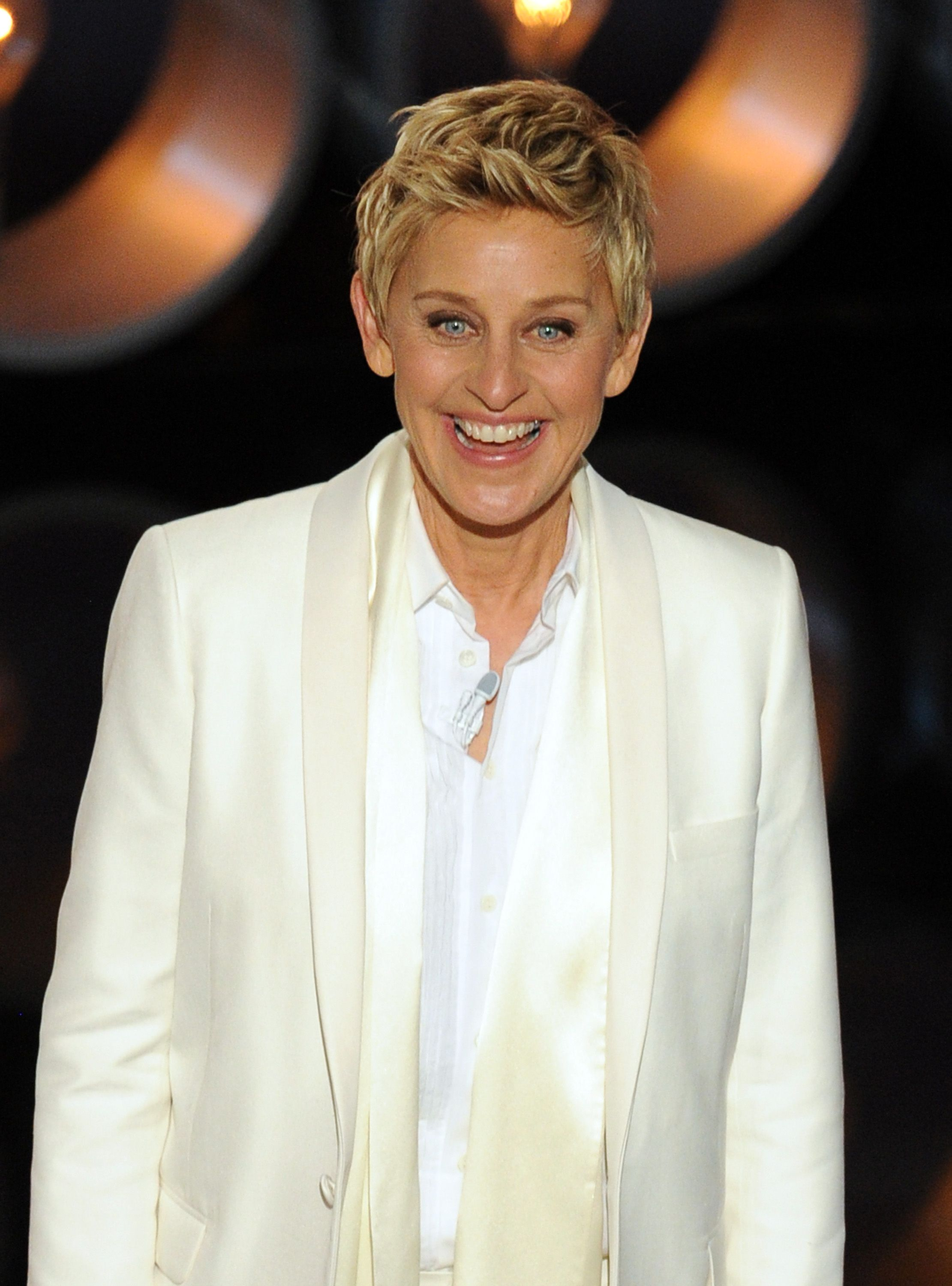 Ellen DeGeneres speaks onstage at the Oscars at the Dolby Theatre on March 2, 2014 | Photo: Getty Images