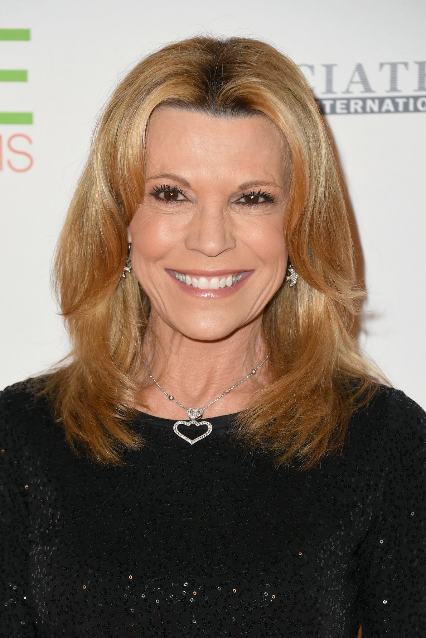 Vanna White attends the 25th Annual Race To Erase MS Gala at The Beverly Hilton Hotel  l Getty Images