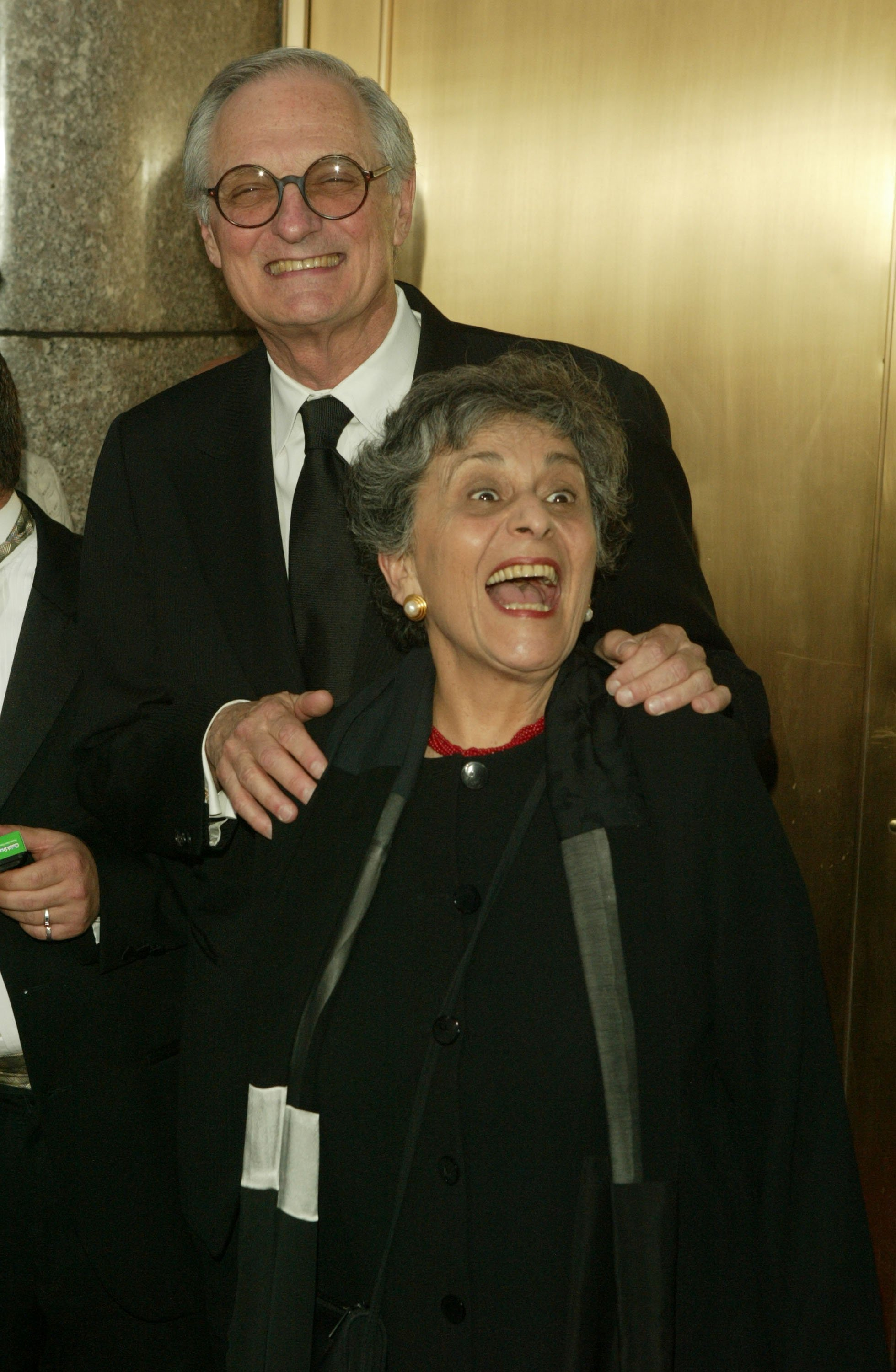 Alan Alda and his wife Arlene Alda at the 59th Annual Tony Awards on June 5, 2005 in New York City | Photo: Getty Images