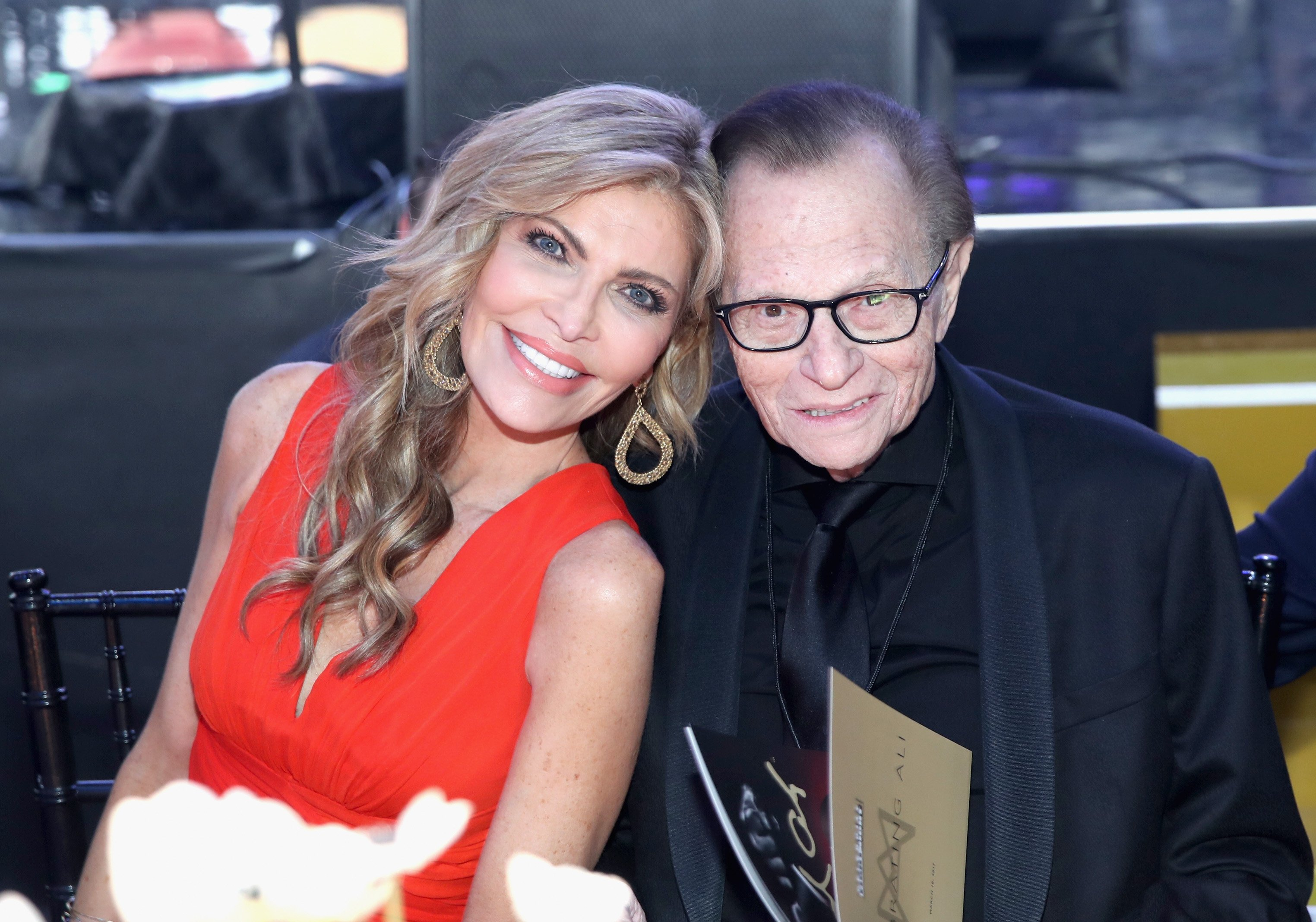 Shawn and Larry King at Muhammad Ali's Celebrity Fight Night XXIII on March 18, 2017 in Phoenix, Arizona | Photo: Getty Images
