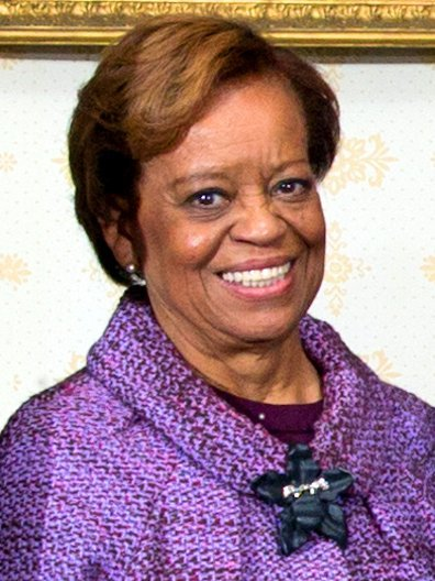 Marian Shields Robinson posing for a group photo at the White House on Inauguration Day on January 20, 2013 | Photo: Wikipedia/Pete Souza