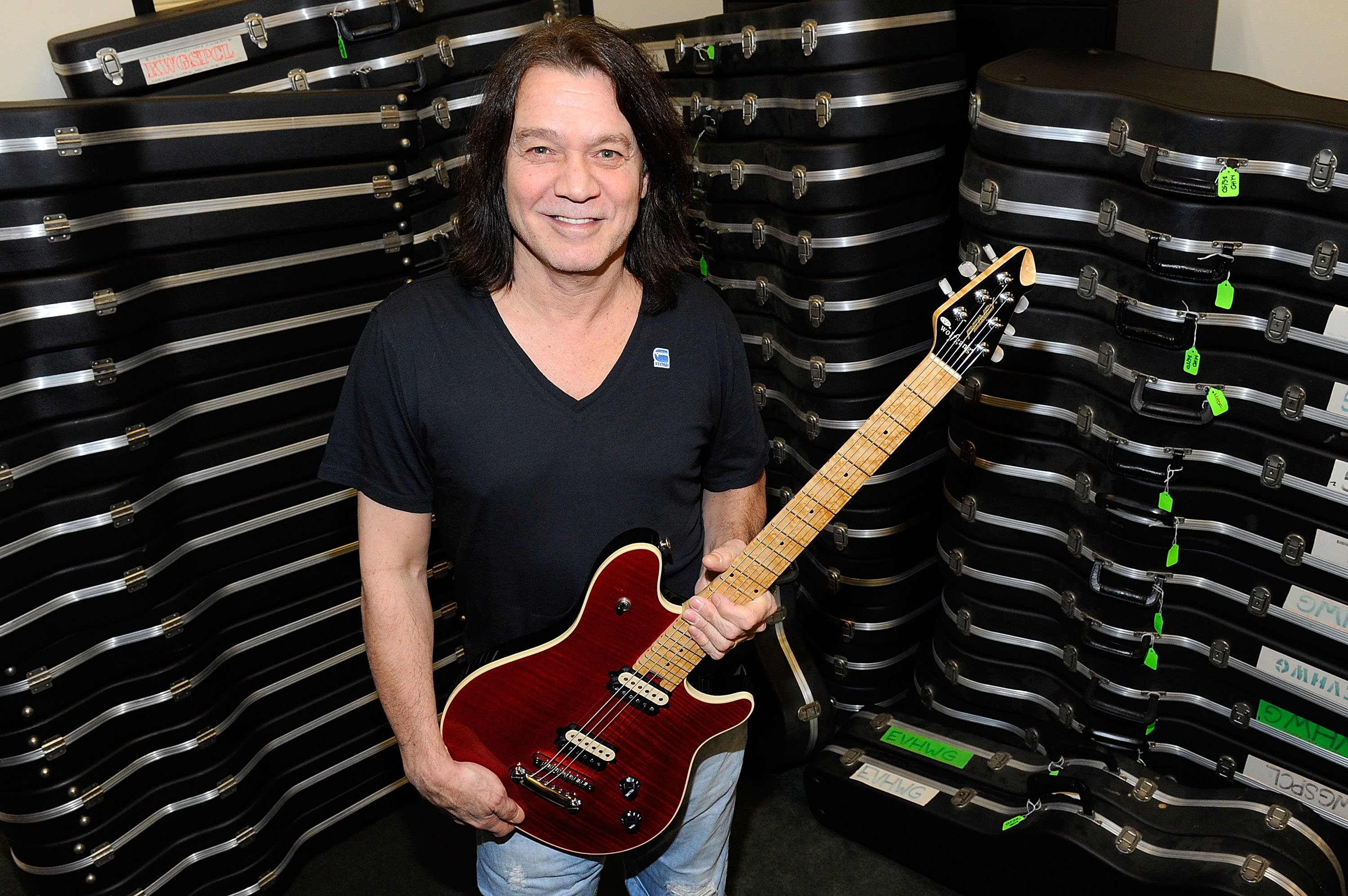 Eddie Van Halen donates 75 electric guitars from his personal collection to The Mr. Holland's Opus Foundation, on January 9, 2012 in Studio City, California | Photo: Getty Images