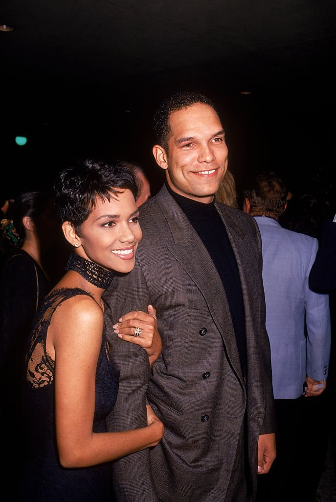 """Halle Berry and David Justice at the """"Sunset Boulevard"""" Los Angeles premiere at Shubert Theatre in Century City, California, United States.