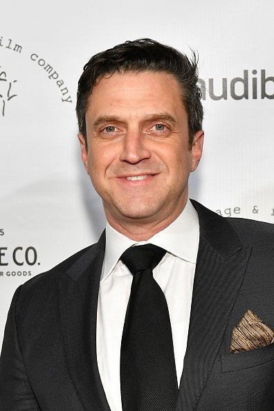 Raul Esparza at Pier Sixty at Chelsea Piers on December 5, 2017 in New York City | Photo: Getty Images