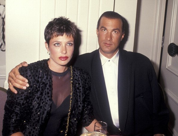 Model Kelly LeBrock and actor Steven Seagal attending 41st Annual ACE Eddie Awards Honoring George Lucas on March 9, 1991 at the Beverly Hilton Hotel in Beverly Hills, California | Photo: Getty Images