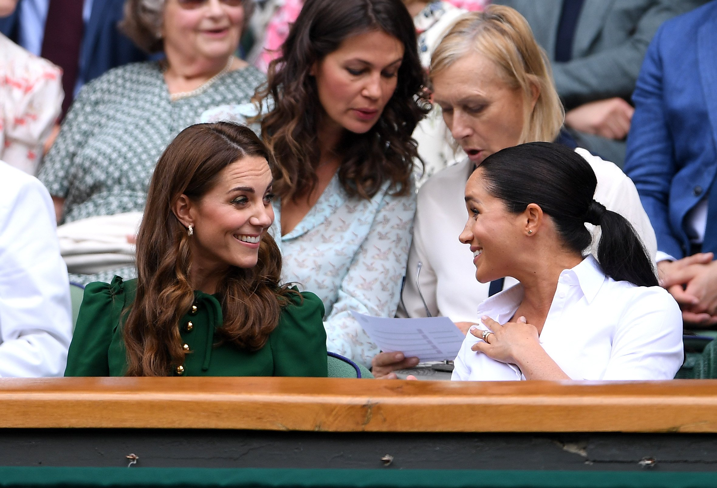 Kate Middleton und Meghan Markle, Wimbledon 2019 | Quelle: Getty Images