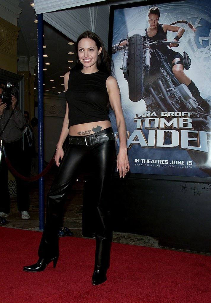 """Angelina Jolie attends the premiere of """"Lara Croft: Tomb Raider"""" in Los Angeles, California on June 11, 2001 