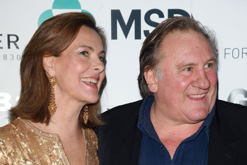 Carole Bouquet et Gérard Depardieu assistent au dîner de gala du Prix des Nations le 28 juillet 2017 à Taormina, Italie. | Photo : Getty Images
