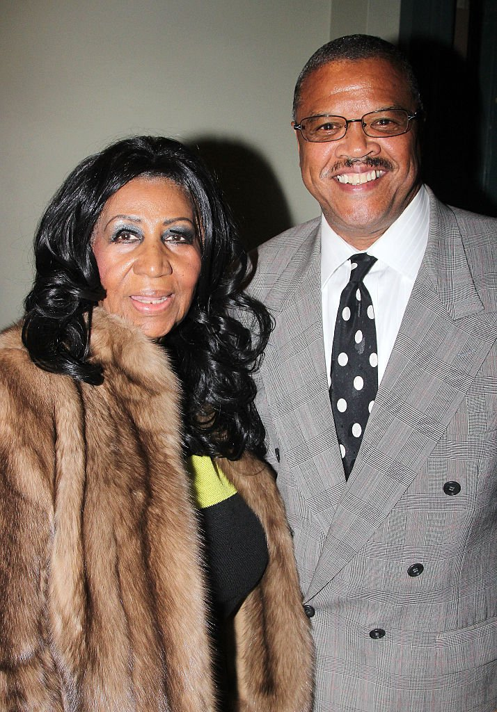 """Aretha Franklin and Willie Wilkerson at the backstage of the Broadway musical, """"Aladdin"""" in September 2014. 