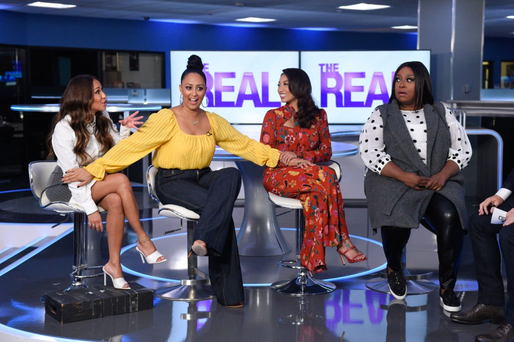 """: Adrienne Bailon, Tamera Mowry-Housley, Jeannie Mai and Loni Love visit """"Extra"""" at Burbank Studios