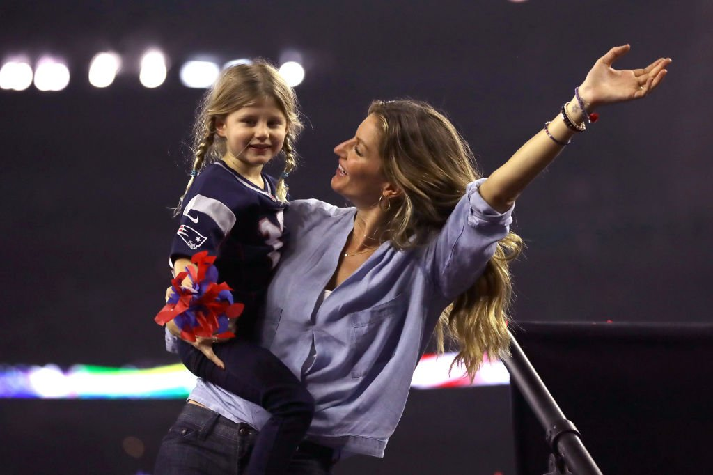 Gisele Bundchen celebrates with daughter Vivian Brady after the New England Patriots defeated the Atlanta Falcons during Super Bowl 51 | Getty Images