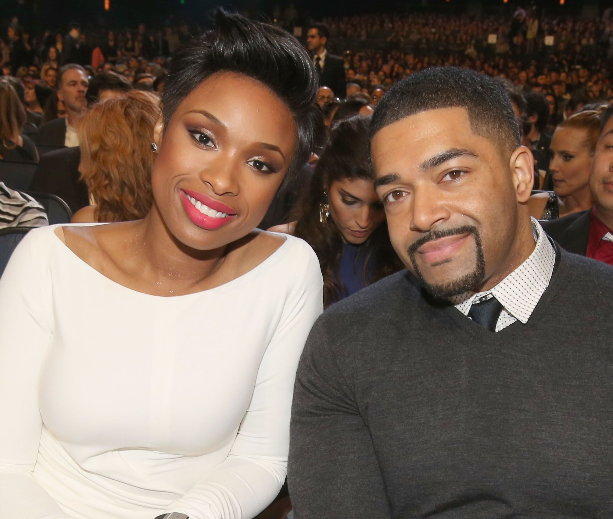 Jennifer Hudson and pro wrestler/actor David Otunga at The 40th Annual People's Choice Awards at Nokia Theatre L.A. Live on January 8, 2014 | Photo: Getty Images
