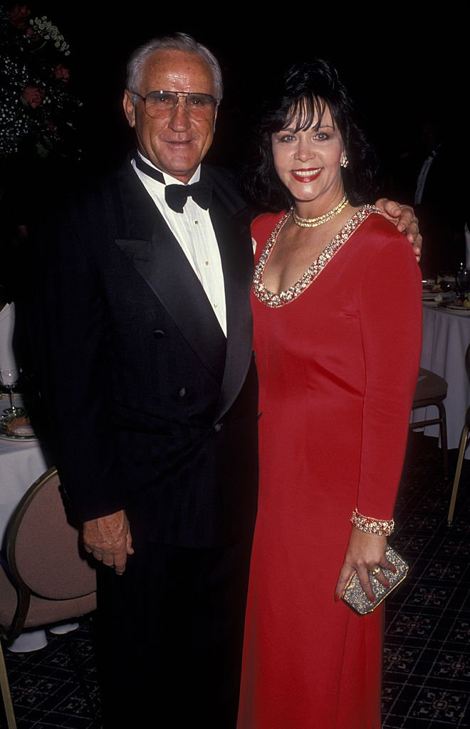 Don Shula and Mary Anne Stephens attend Don Shula Celebrity Classic Golf Tournament Dinner on February 25, 1994 at the Fountainbleau Hilton Hotel in Miami, Florida | Photo: GettyImages