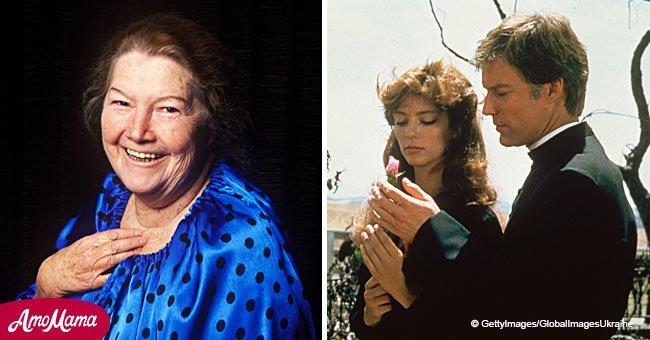 Colleen McCullough: qui est cette femme qui a créé l'histoire romantique 'Les oiseaux se cachent pour mourir'