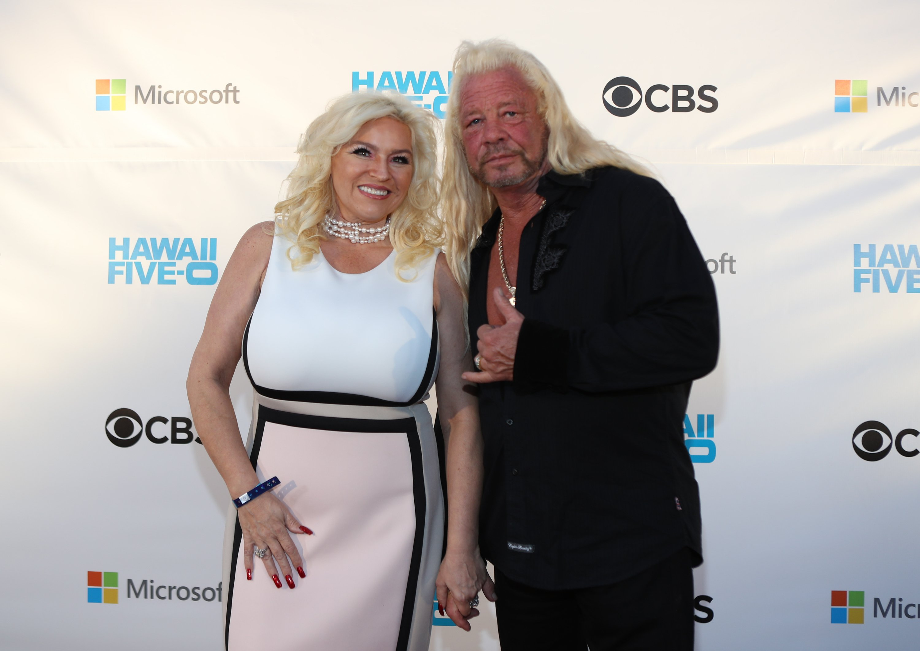 """Beth Chapman and Duane Chapman celebrating season 8 of """"Hawaii Five-0"""" at Queen's Surf Beach on November 10, 2017 