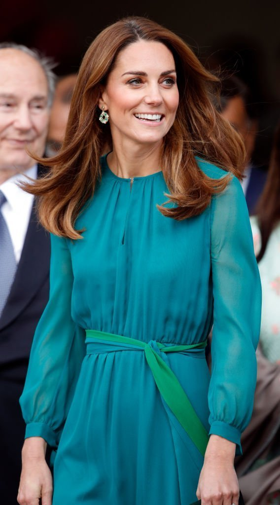 Kate Middleton, Duchess of Cambridge visits the Aga Khan Centre. | Source: Getty Images