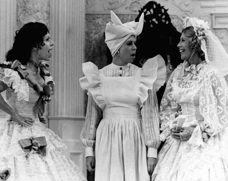 "Carol Burnett, Vicki Lawrence, and guest star Dinah Shore in the 1976 ""Went with the Wind!"" sketch 