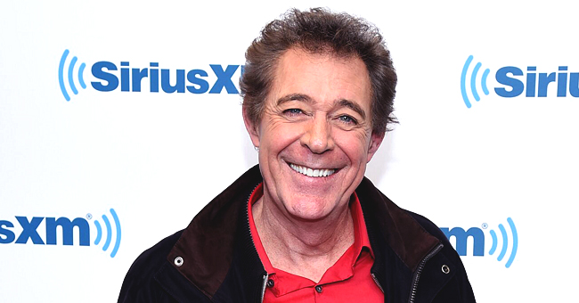 Inside Barry Williams Relationship with Elizabeth Kennedy, His Then-Girlfriend of Seven Years