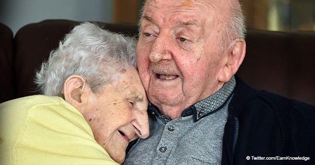 Une mère de 98 ans emménage dans une maison de retraite pour s'occuper de son fils de 80 ans  
