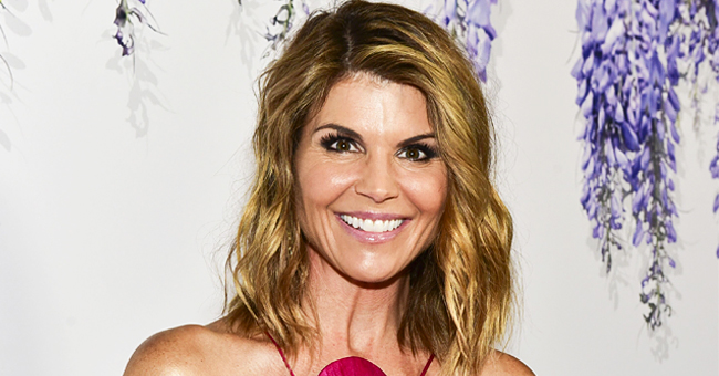 Lori Loughlin Spotted Picking Up a Bouquet of Roses in LA Months after Admissions' Scandal