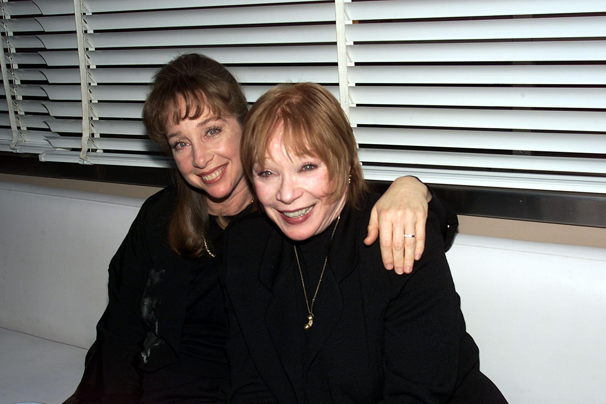 Shirley MacLaine with daughter Sachi Parker at a dinner party for Tom Hanks. | Source: Getty Images
