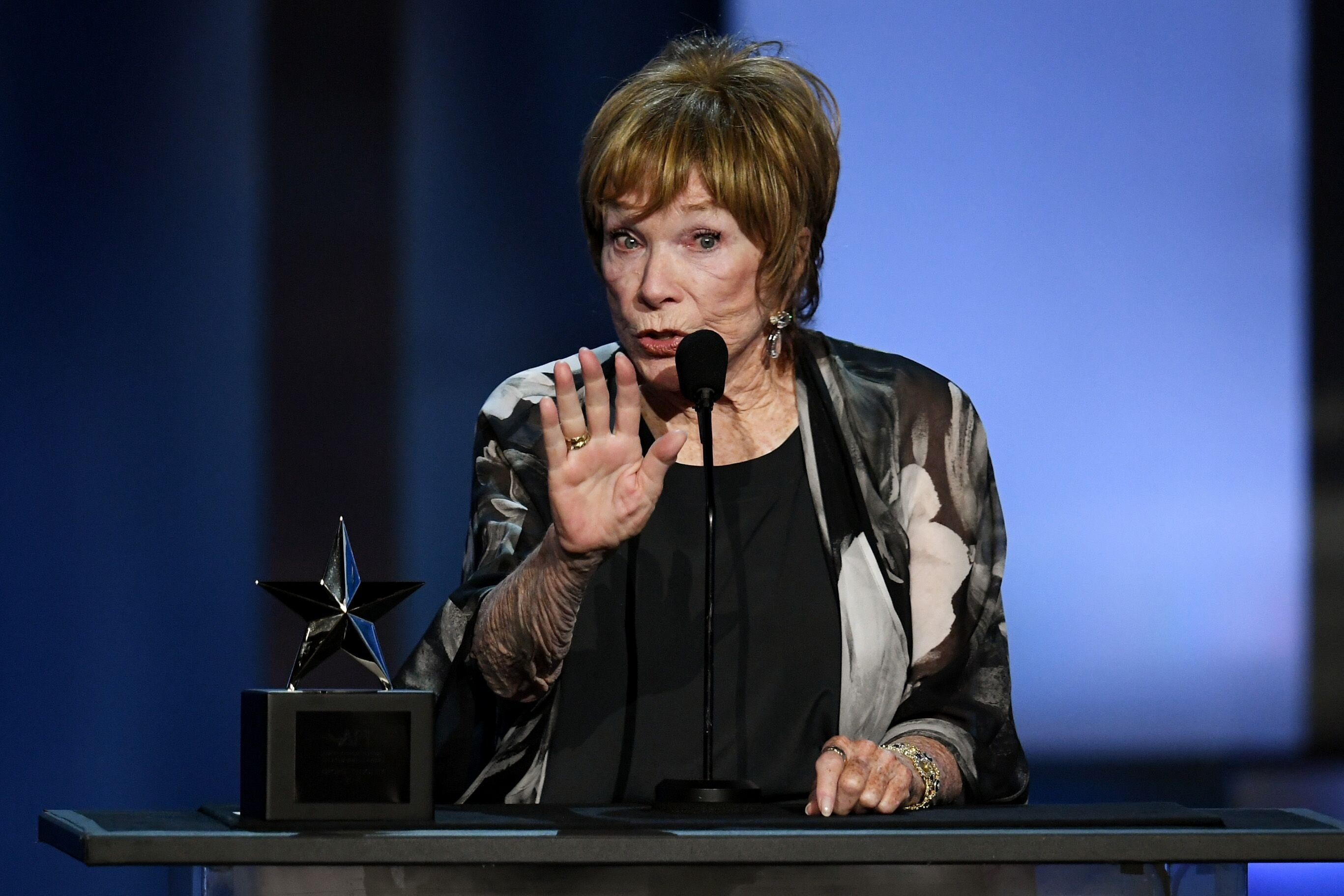 Shirley MacLaine at the American Film Institute's 46th Life Achievement Award Gala on June 7, 2018 in Hollywood, California   Photo: Getty Images
