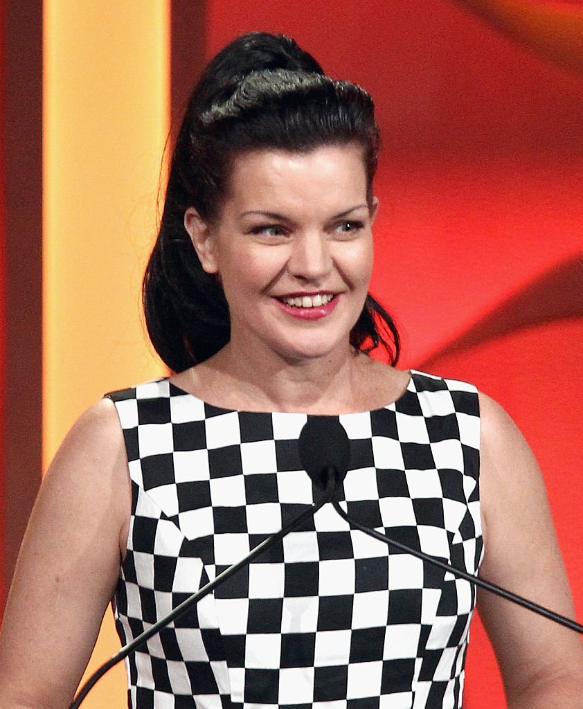Actress Pauley Perrette speaks onstage during The Trevor Project's 2016 TrevorLIVE LA at The Beverly Hilton Hotel | Photo: Getty Images