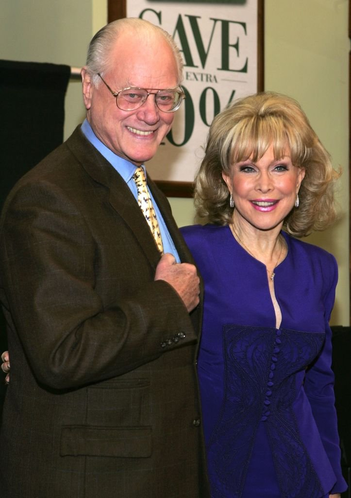 """Actors Larry Hagman and Barbara Eden attend the """"I Dream of Jeannie"""" DVD Launch at Barnes & Noble Bookstore 