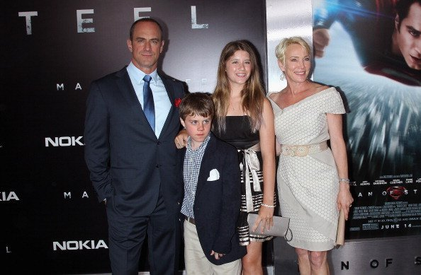 Christopher Meloni, wife Sherman Williams, and children Dante and Sophia at Alice Tully Hall at Lincoln Center on June 10, 2013 in New York City. | Photo: Getty Images