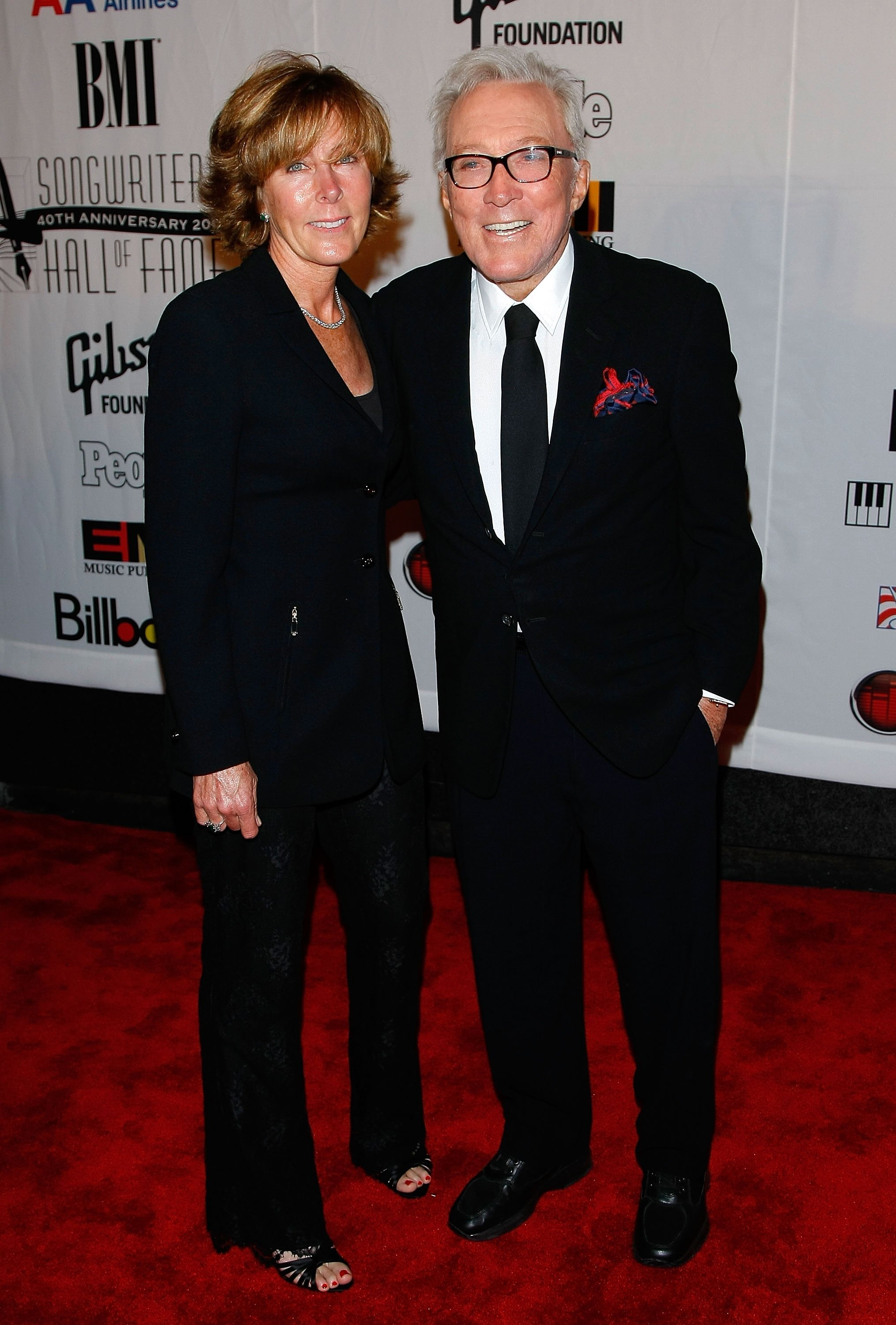 Andy Williams and wife Debbie Williams during the 40th Annual Songwriters Hall of Fame Ceremony. | Source: Getty Images
