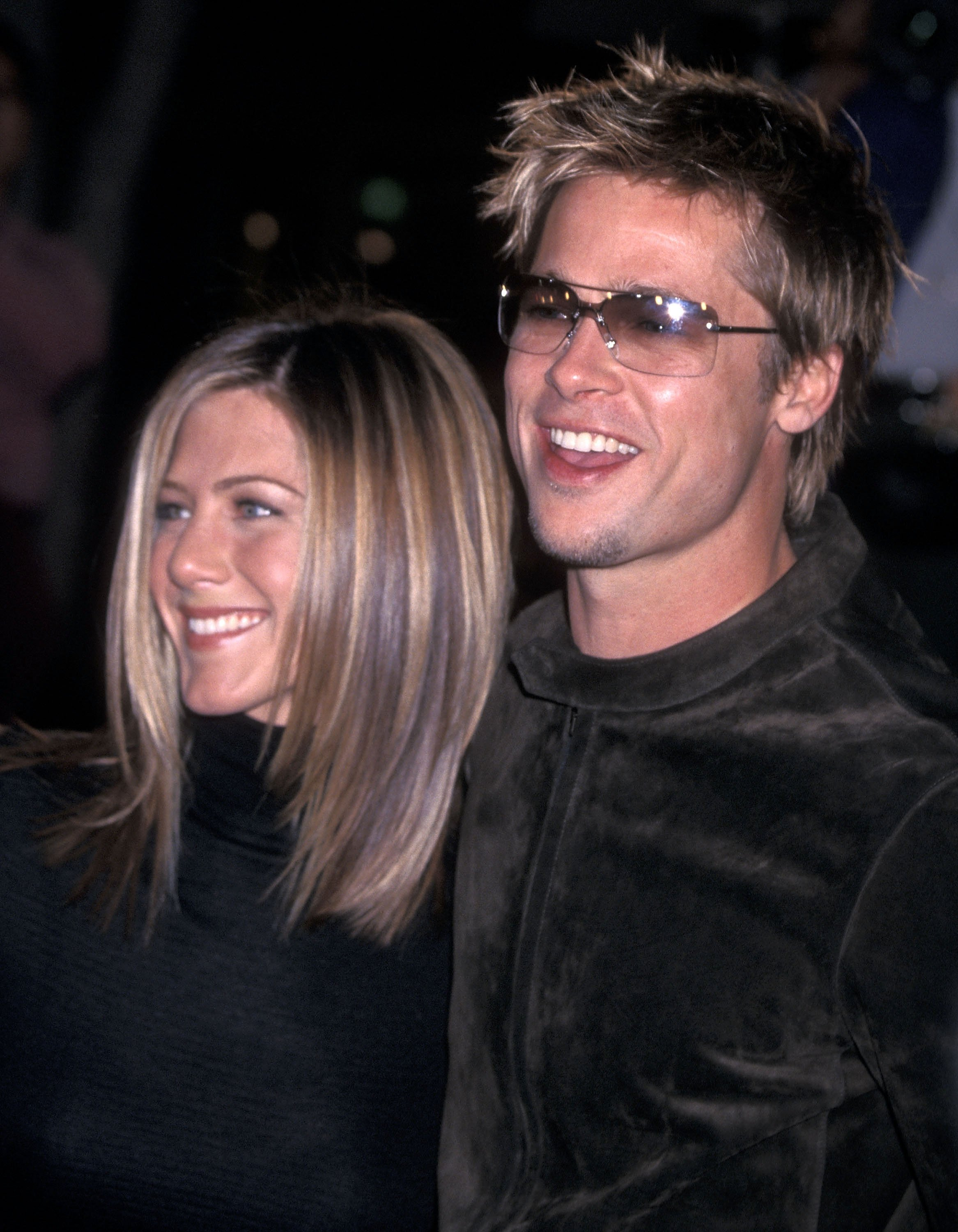 """Jennifer Aniston and Brad Pitt attend the premiere of """"Spy Game"""" in Westwood, California on November 19, 2001   Photo: Getty Images"""