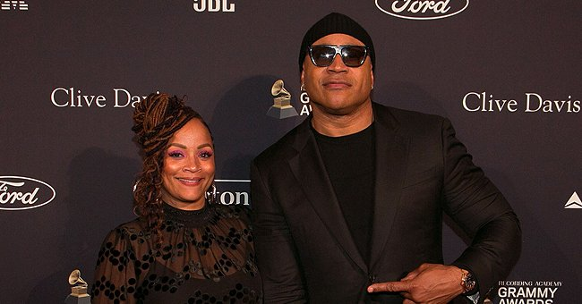 LL Cool J's Daughter Nina Flaunts Her Curves Posing in a Black Bralette & Stylish Jeans