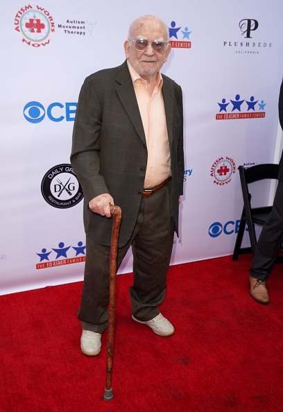 Ed Asner attends the 7th Annual Ed Asner And Friends Poker Tournament Celebrity Night at CBS Studios - Radford | Photo: Getty Images