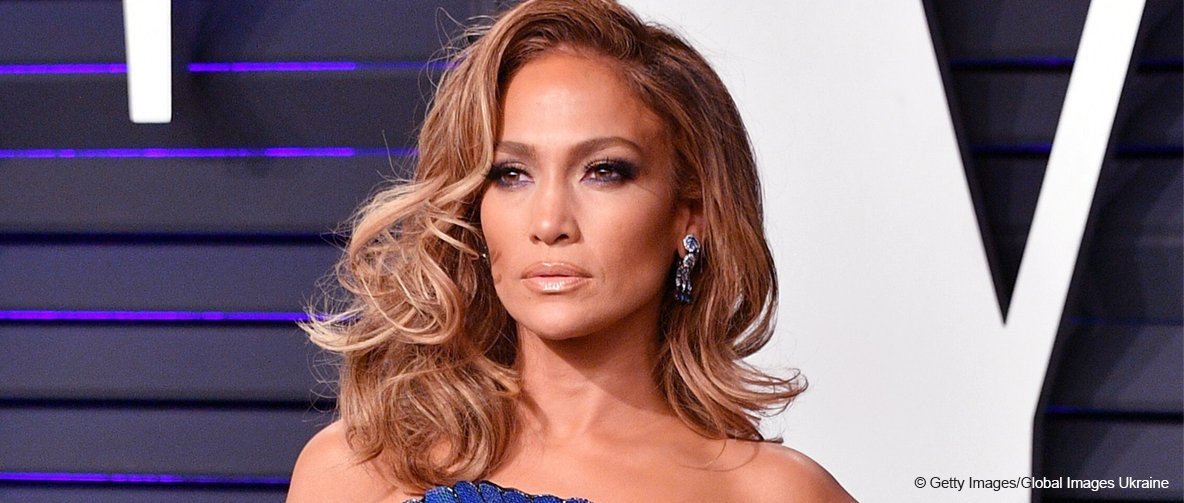 J.Lo Dazzles in Strapless Dress, but All Eyes Are on a Ruffled Detail in the Form of a Giant Fan
