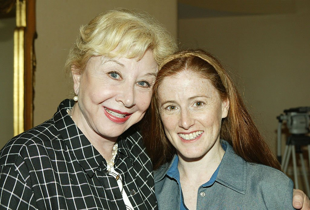 """Kami Cotler and Michael Learned attend """"In The Know"""" Facts about Cosmetic Surgery Risks media conference in Beverly Hills in 2003 