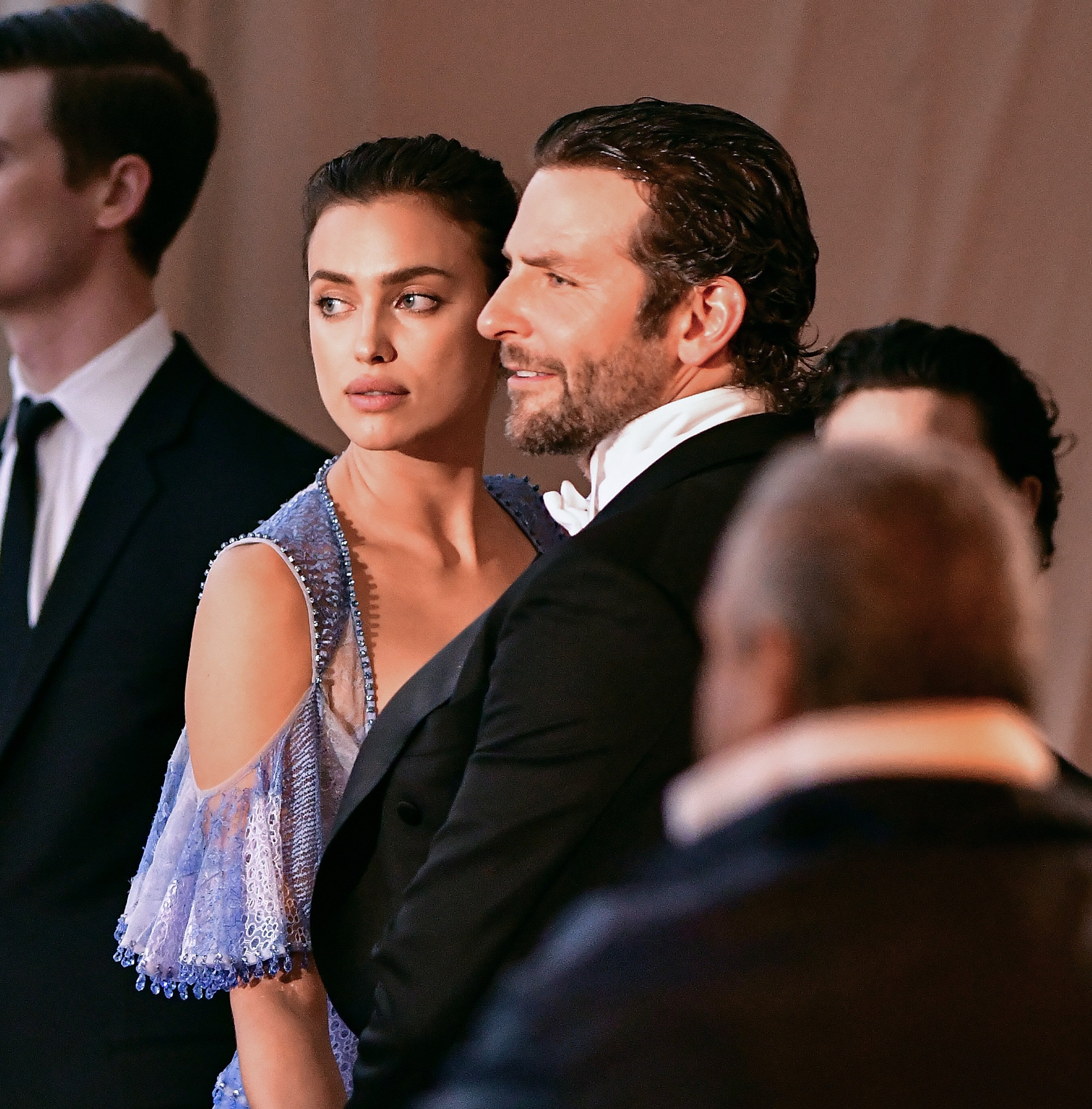 Irina Shayk and Bradley Cooper attend 'Manus x Machina: Fashion in an Age of Technology' Costume Institute Gala at Metropolitan Museum of Art on May 2, 2016 in New York City   Photo : Images