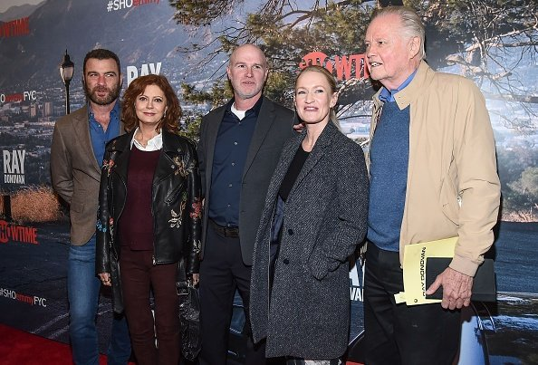 Liev Schreiber, Susan Sarandon, David Hollander, Paula Malcomson and Jon Voight attend the 'Ray Donovan' For Your Consideration event at The New Museum on April 18, 2018. | Photo: Getty Images