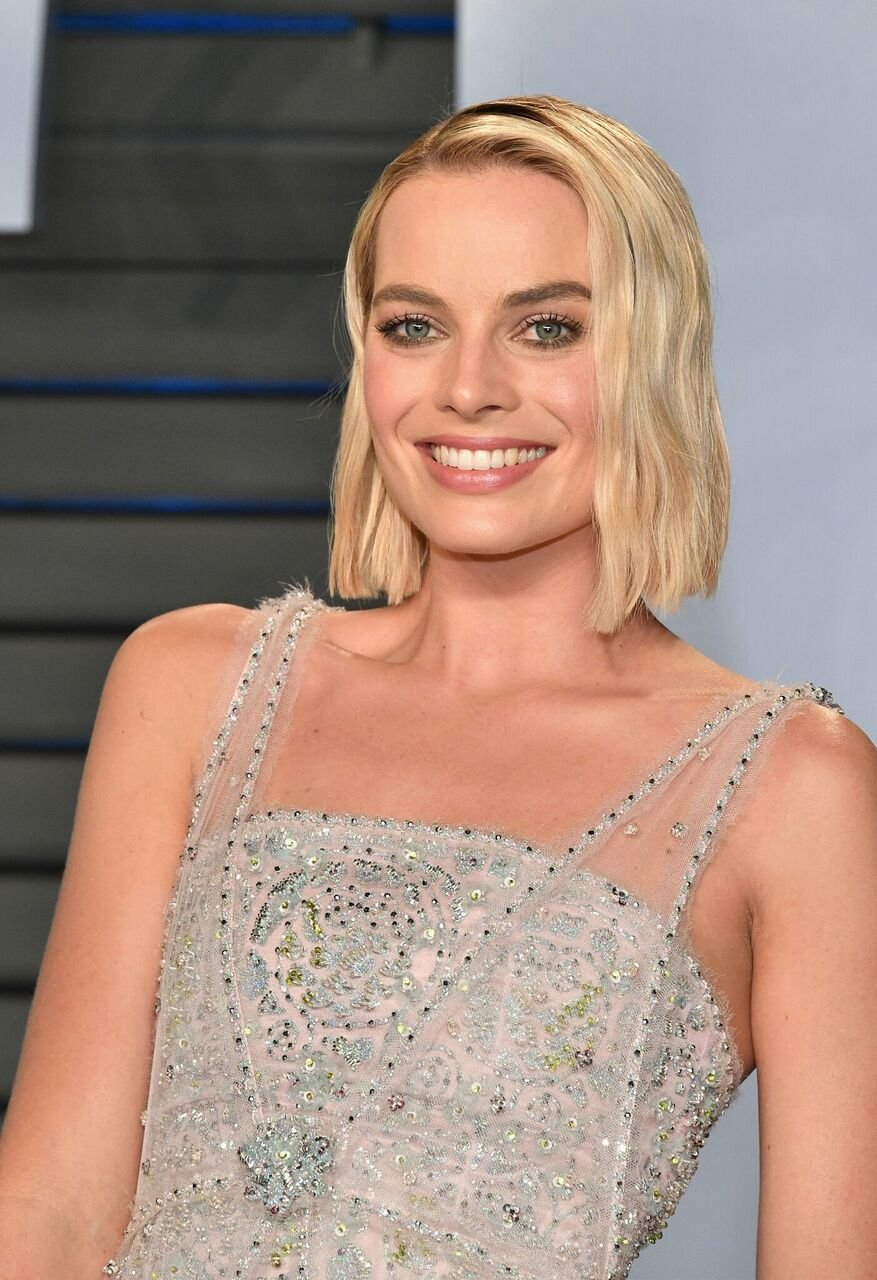 Margot Robbie attends the 2018 Vanity Fair Oscar Party hosted by Radhika Jones at Wallis Annenberg Center for the Performing Arts. | Source: Getty Images
