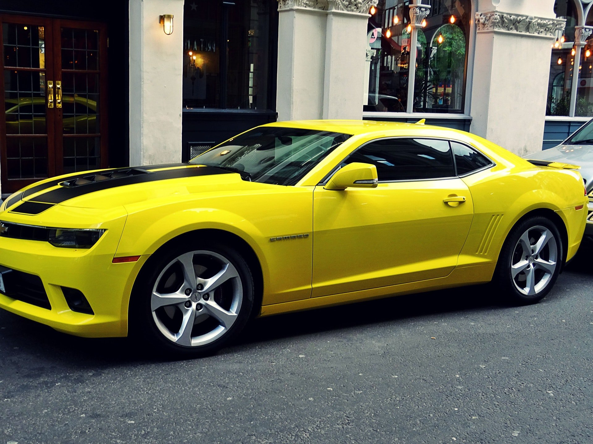 Photo of a yellow chevrolet car | Photo: Pexels