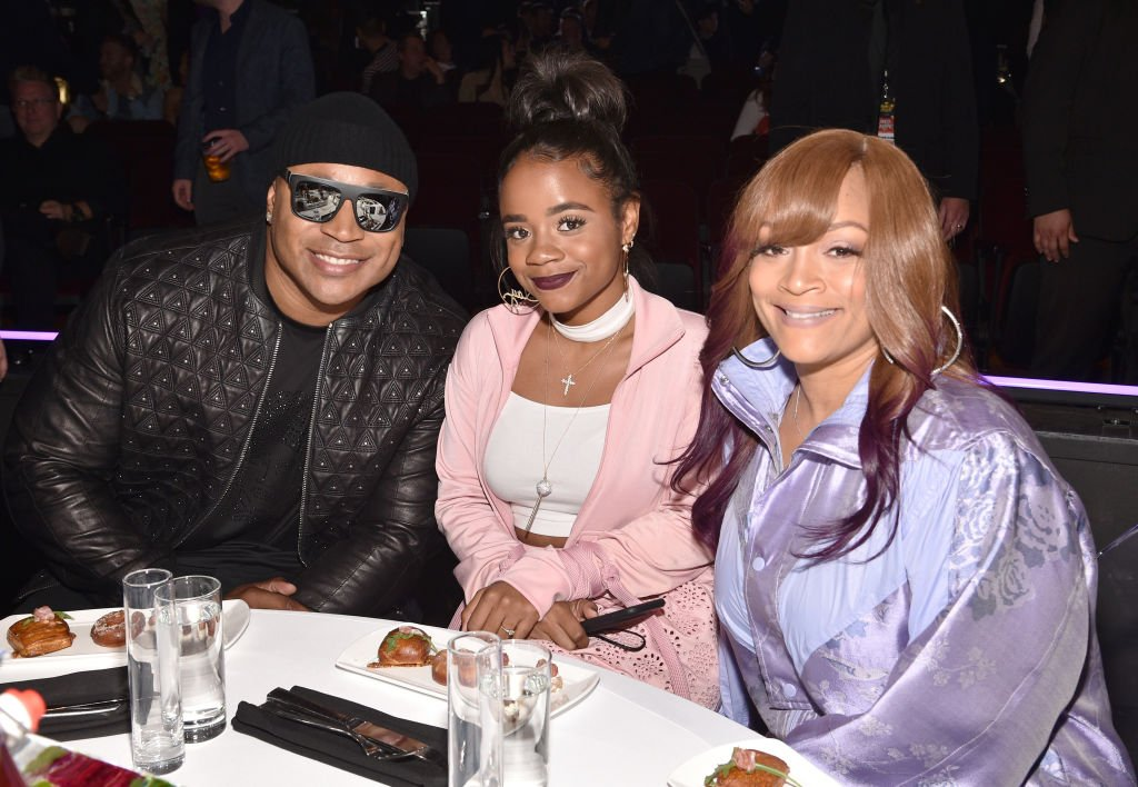 LL Cool J, Nina-Symone Smith, and Simone Smith attend the 2017 MTV Movie and TV Awards at The Shrine Auditorium on May 7, 2017. | Photo: Getty Images