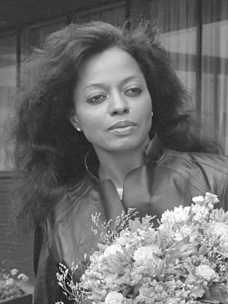 Diana Ross (zangeres) op Schiphol 12 juni 1982. | Photo: Wikimedia Common Images