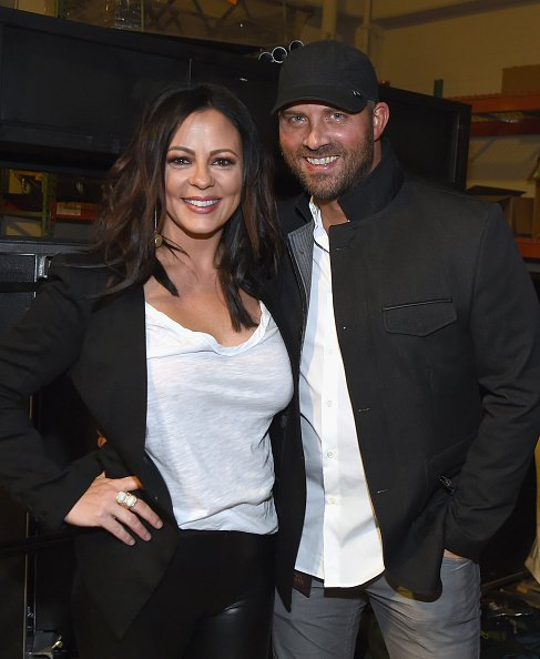 Sara Evans and Jay Barker at the Grand Ole Opry House on October 29, 2017 in Nashville, Tennessee. | Photo: Getty Images