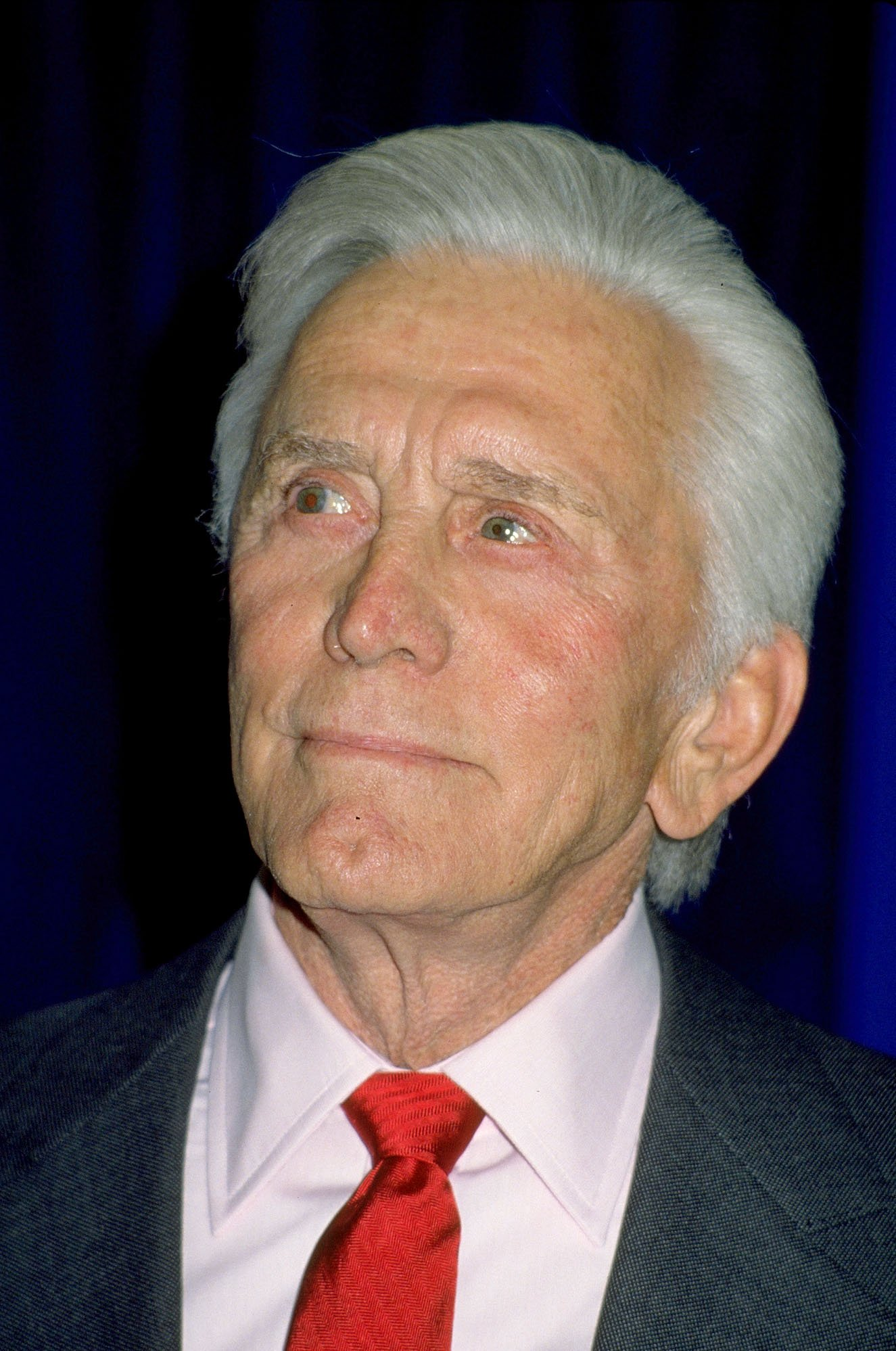 Kirk Douglas in 1990 | Photo: GettyImages