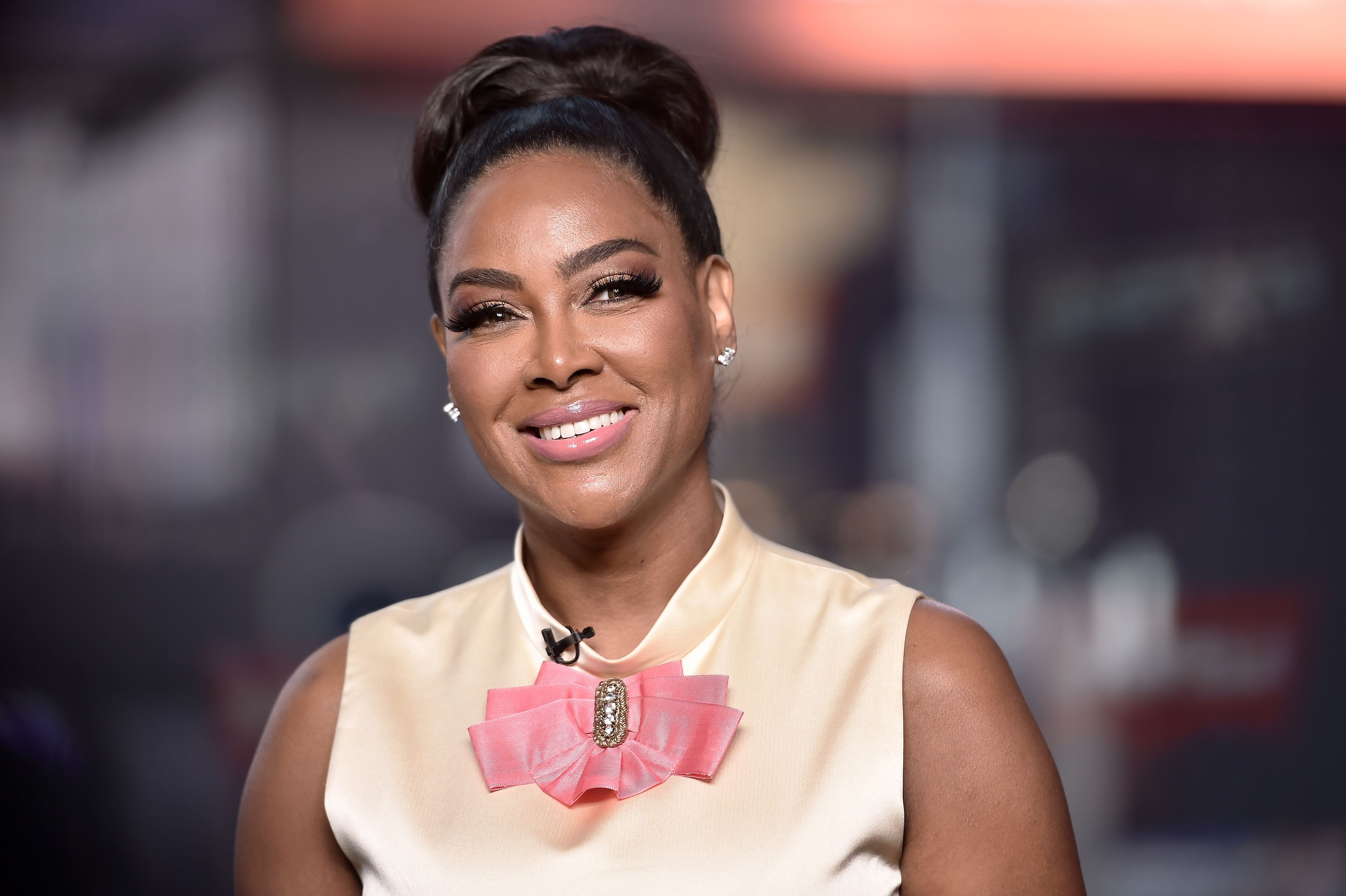 """Kenya Moore visits """"Extra"""" at The Levi's Store Times Square on November 04, 2019 in New York City. 